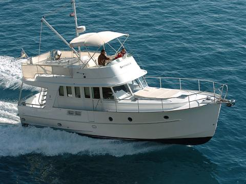 bateau a moteur tahiti